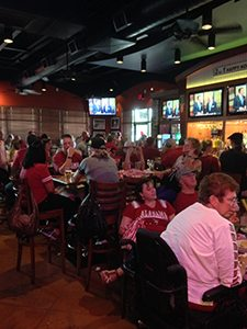 Tampa Joe's Plays Host to Alumni Groups for College sports and Fan Groups for Professional Sports